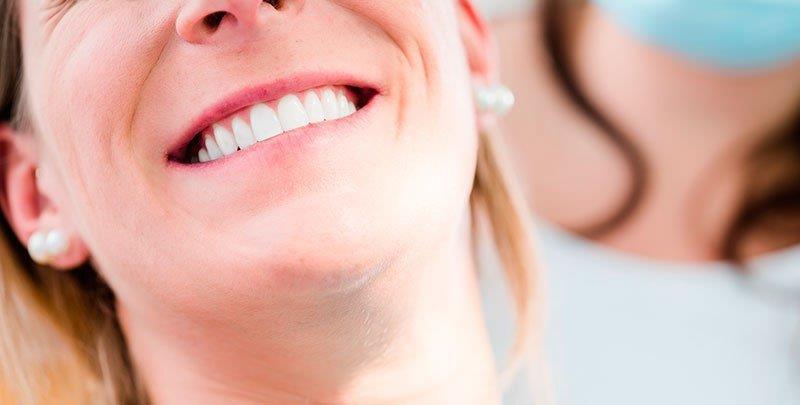 qual o valor do clareamento dental